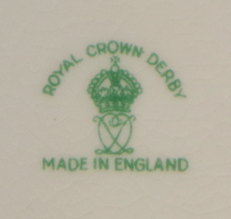 royal-crown-derby-surrey-shape-celadon-ground-mark