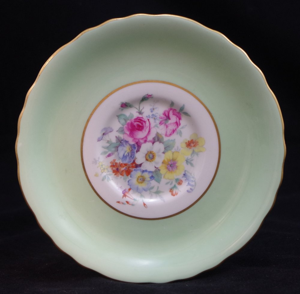 royal-crown-derby-saucer-celadon-ground-ellis-centre
