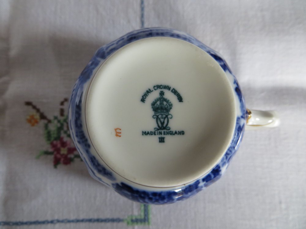 royal-crown-derby-mikado-pattern-arthur-shephard-eric-robinson-mark