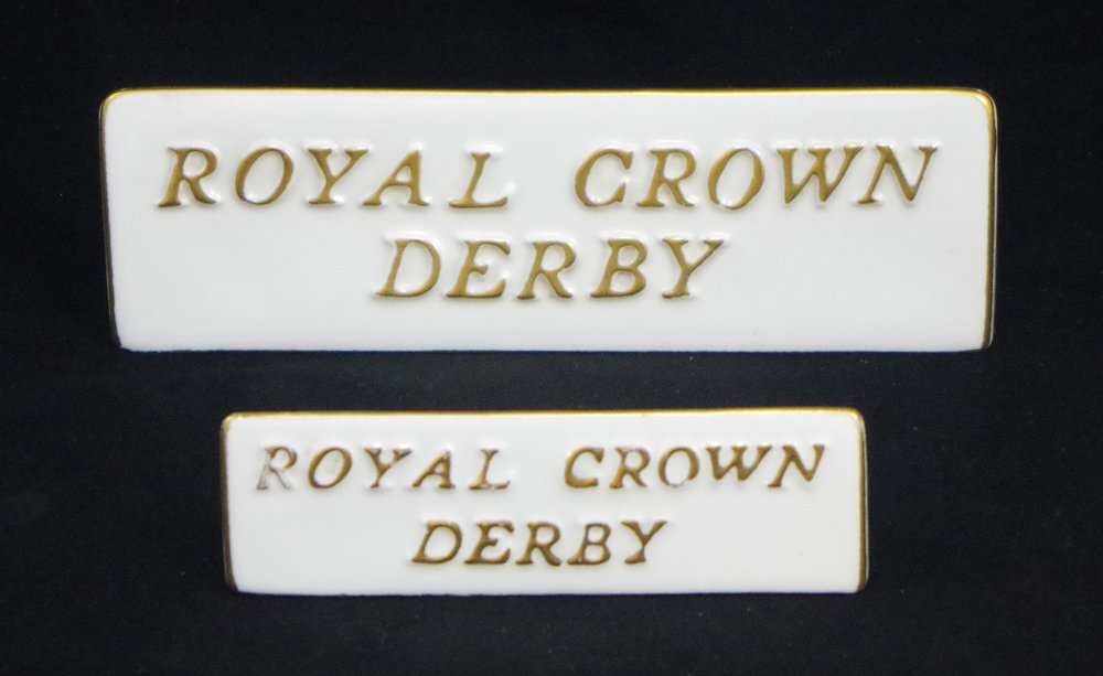 royal-crown-derby-retailers' plaques