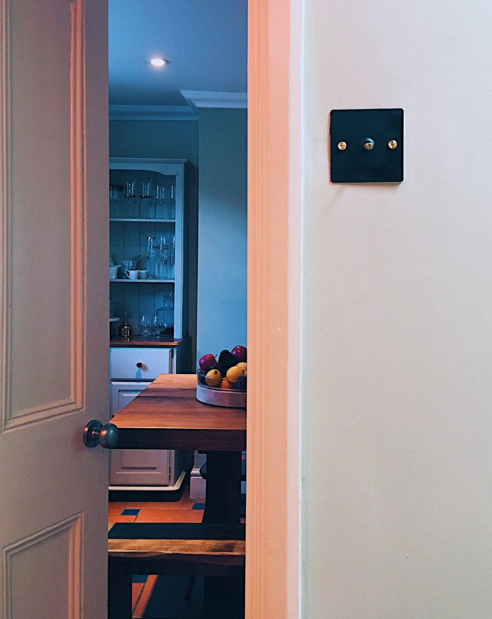 An Easy Guide On How To Change Over A Light Switch Plate Melanie Toggle Wiring For House And Here Is My Sexy Buster Punch Up Being Used After 10 Minute By Moi I Love It Complements Hallway Better With The