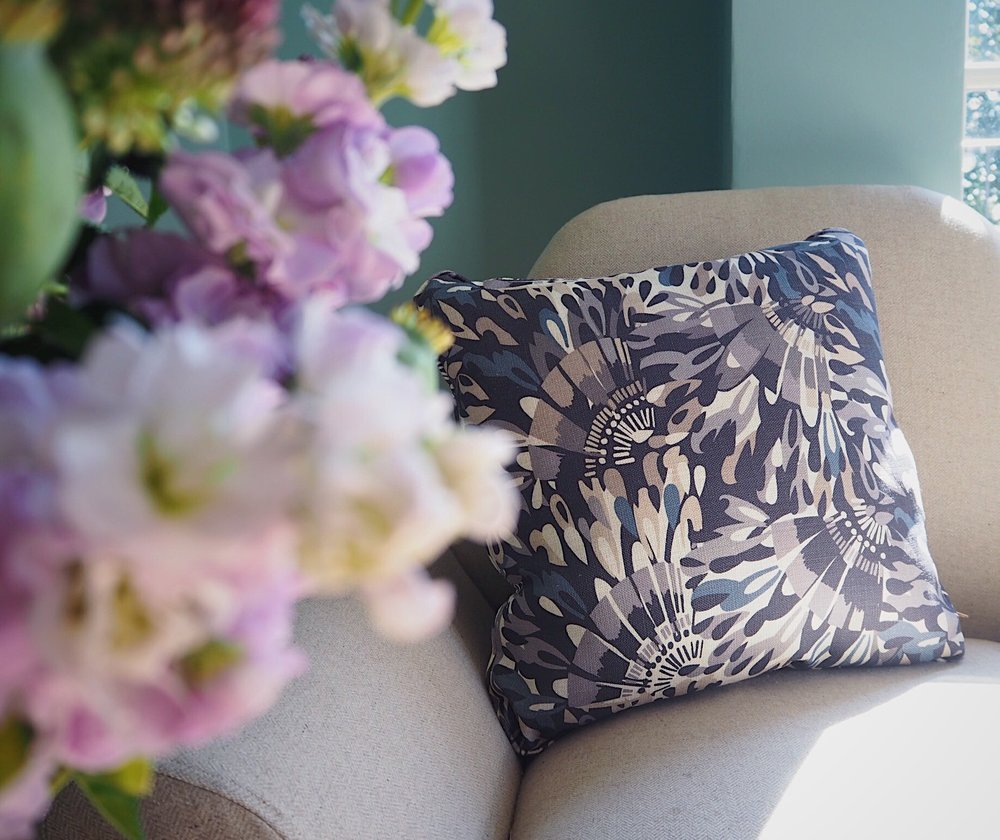 Monsoon for Multiyork cushion in Loreto Charcoal.