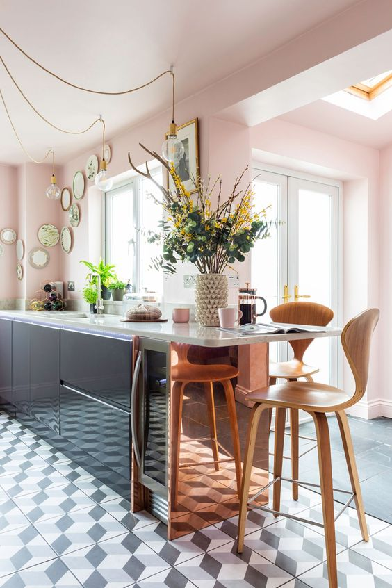 This Silestone worktop belongs to @pink _ at_twentyone and won the 'Best Kitchen Transformation Award 2018' by Real Homes magazine. Photo credit: Kasia Fiszer.