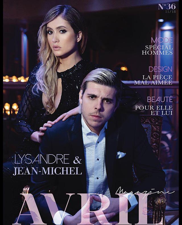 """Ce mois-ci, on vous présente un """"power couple"""" @Lysandrenadeau et @jemcee! Deux influents Youtubers qui se distinguent par leur franc parler, leurs discussions sans filtres, leur sens de l'humour décapant et leur amour ❤️ Voici maintenant la couverture de cette édition du magazine, restez à l'affût dans les prochaines semaines pour voir le reste de notre contenu exclusif!  Sur la cover :@Lysandrenadeau et @jemcee Photographe : @avril.magazine Maquillage et coiffure : @aj.makeup Direction Artistique & Stylisme : @justinegagnonstyliste Vêtements : @boutique1861 et @vincent_damerique Décor : @bordellemtl"""