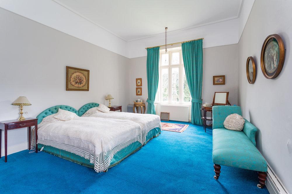 Blue-Room.jpg