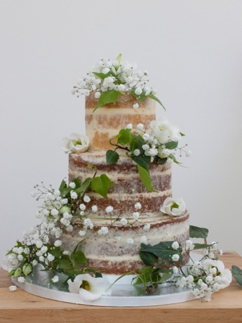 Rebecca Gilmore - Rebecca Gilmore makes the most amazing event cakes for weddings, birthdays etc.