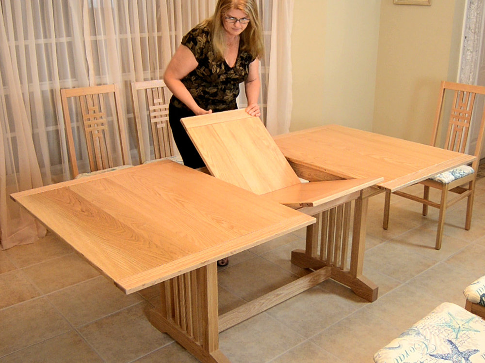 Butterfly Leaf Dining Table Plans. Live Open