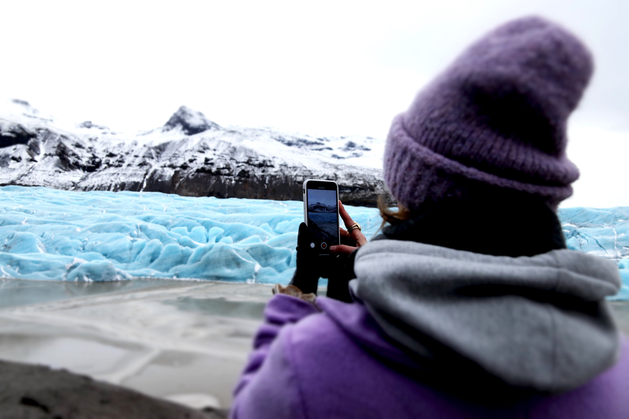 Incredible Iceland & why traveling is my vice — EVA