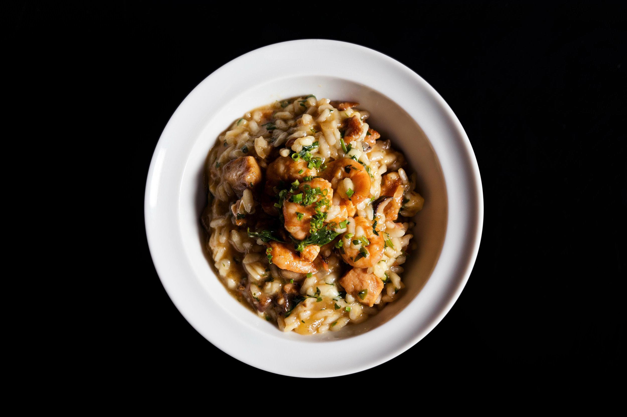 Mini arroz bomba com camarão e porco - Rubens Kato