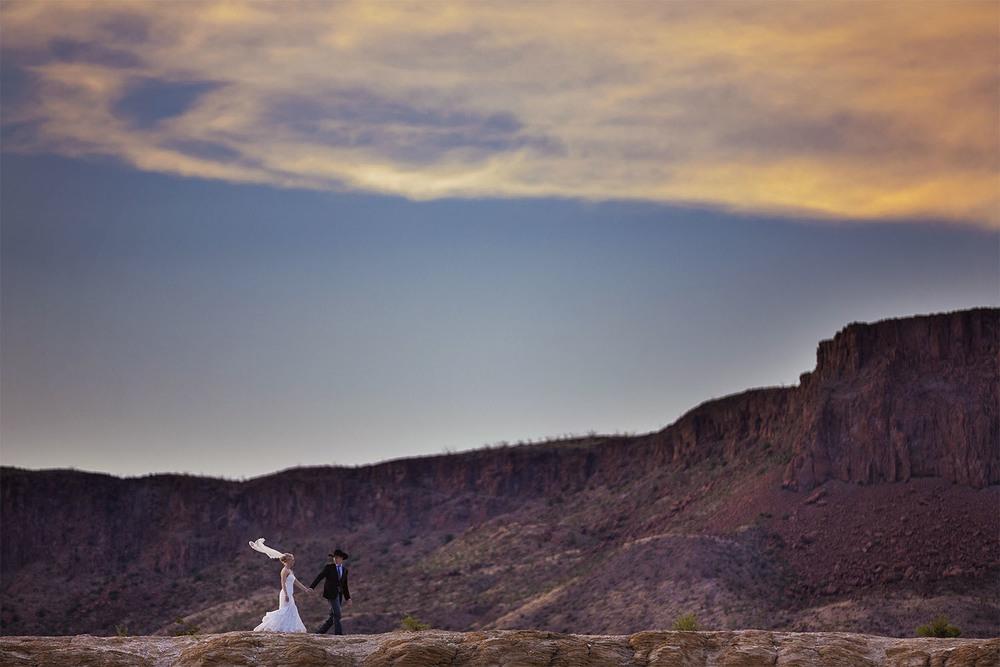 AH15-marathon-wedding-1.jpg