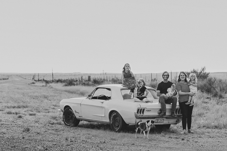 Brownings.marfa.texas.family.portrait-16