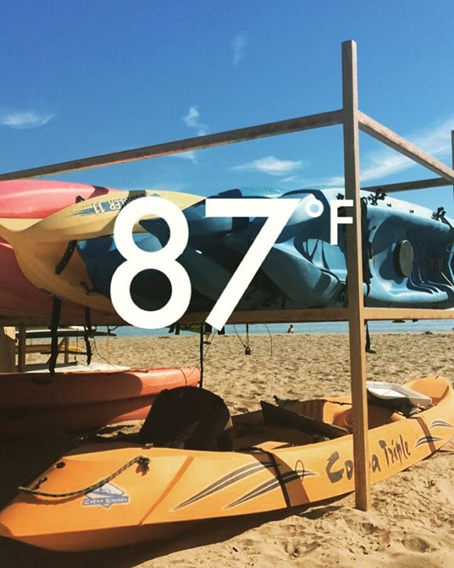 It's like the summer never ends here on east beach. East beach rentals is open for reservations and on select days all through the winter. #endlesssummer #santabarbara #eastbeach #kayak #fun