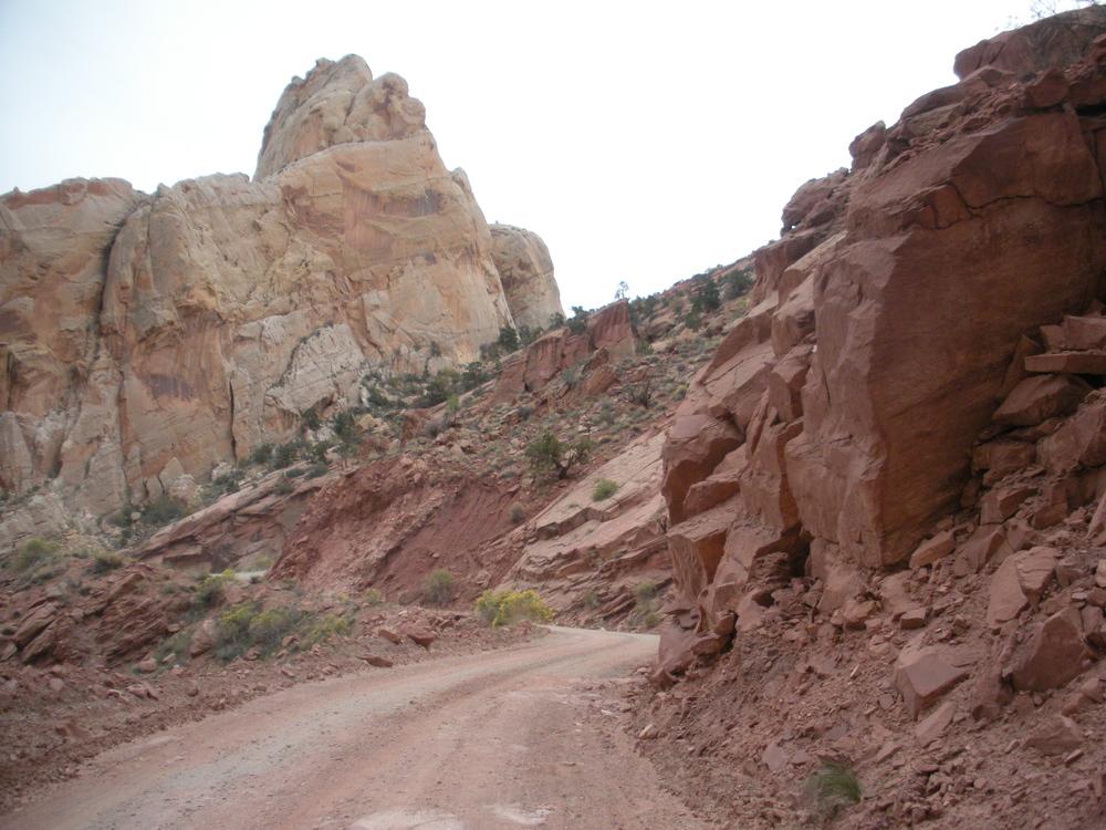 Burr Trail 2.JPG