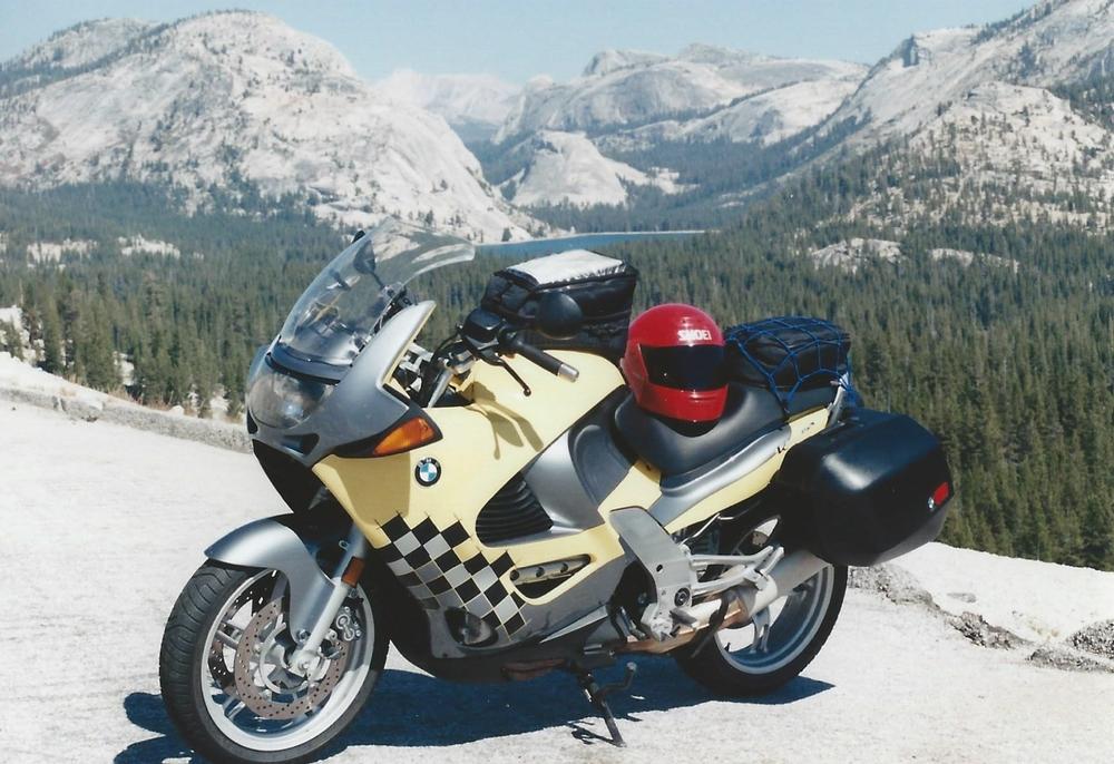 1998 BMW K1200RS Yosemite.jpg