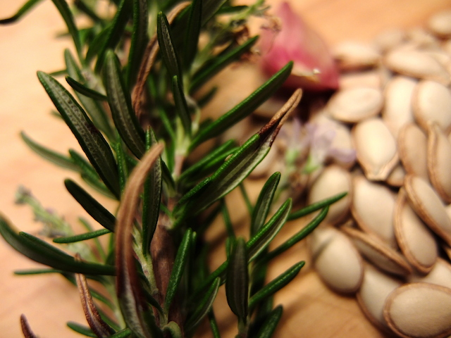 Rosemary for roasting