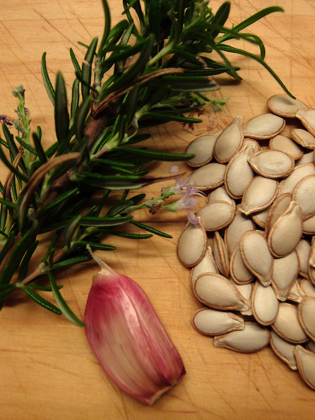 Rosemary, garlic and pumpkin seeds