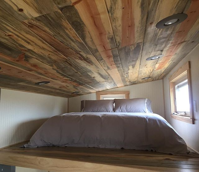 Every time I make this bed for guests I am enticed to take a nap. It is insanely comfy and with the only sounds being birds and breeze, it's hard not to pause for a while. . . #tiny #tinyhouse #thow #bed #nap #comfy #woodworking #beetlekillpine #organiccotton #snooze #vacation #mountains #colorado