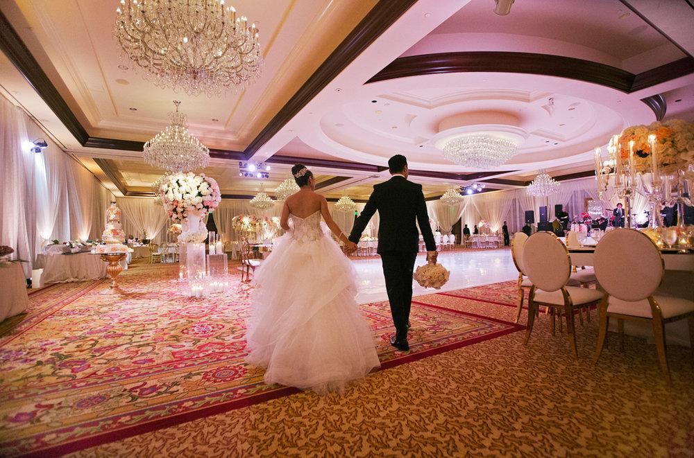 26_DukePhotography_DukeImages_Wedding_D1_IMG_2206.jpg