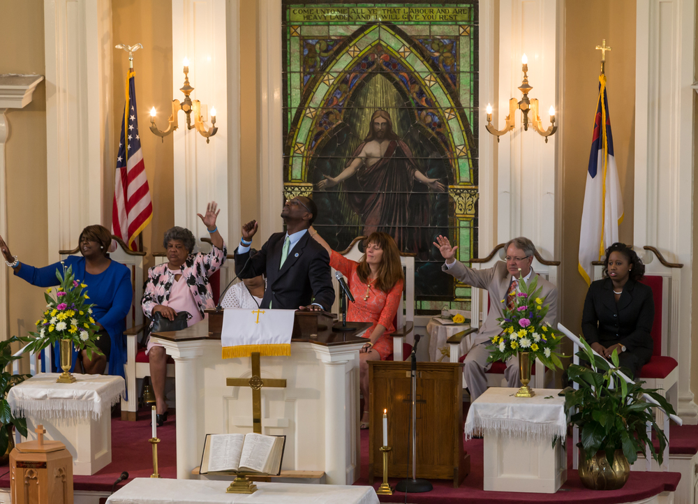 Mtzion 2015_ Service WithMayor.jpg