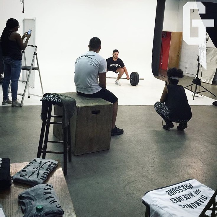 Deanna S Reid, The Social Photog behind the scenes commerical photography for fitness fashion brand