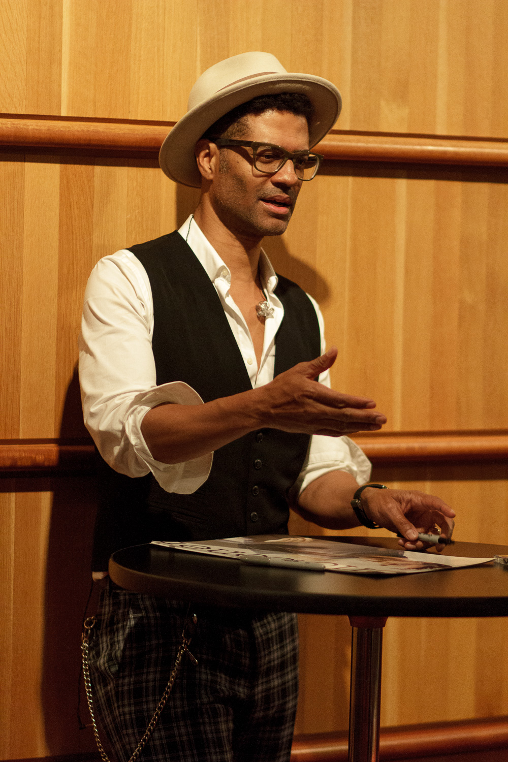 Eric Benet at Tempe Center for the Arts