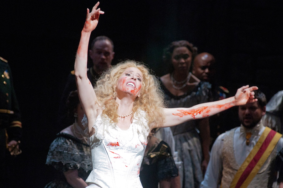 Lucia Di Lammermoor, Atlanta Opera. photo Tim Wilkerson