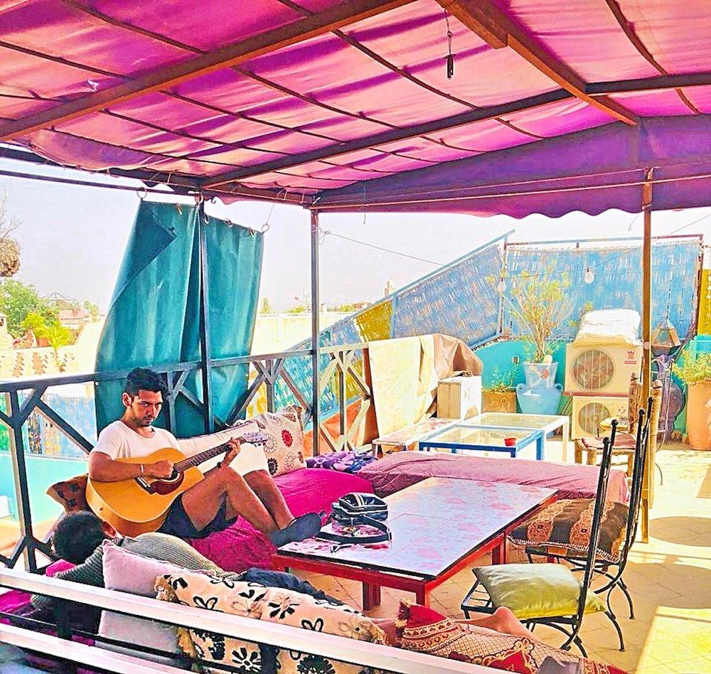 riad dia terrace guitar 2018.JPG