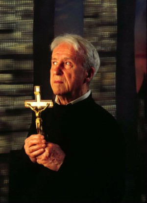 Father Malachi Martin was the inspiration for the priest in  The Exorcist .