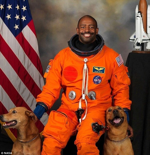 Leland Melvin, former NASA astronaut and president of the Spaceship Earth Grants, a public benefit corporation that aims to make space more accessible.  (Image credit: NASA)
