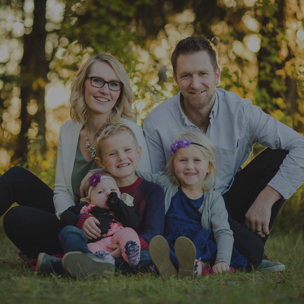 Ryan & Amberly - Family - Our experience with Kari was wonderful! She engaged our smaller children, and captured their natural smiles with ease! Very highly recommended!