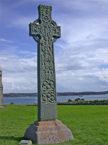 iona_st_martins_cross.jpg