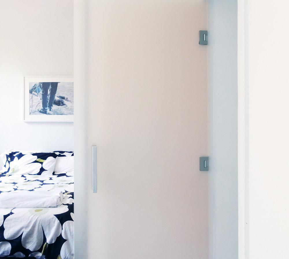 JJ_bedroom mirror FINAL.jpg