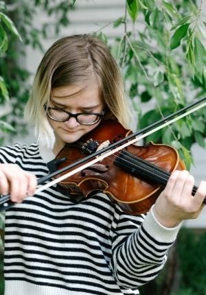 Naudia, a  Musician's Spotlight performer  Photo credit: Emma Mortellaro