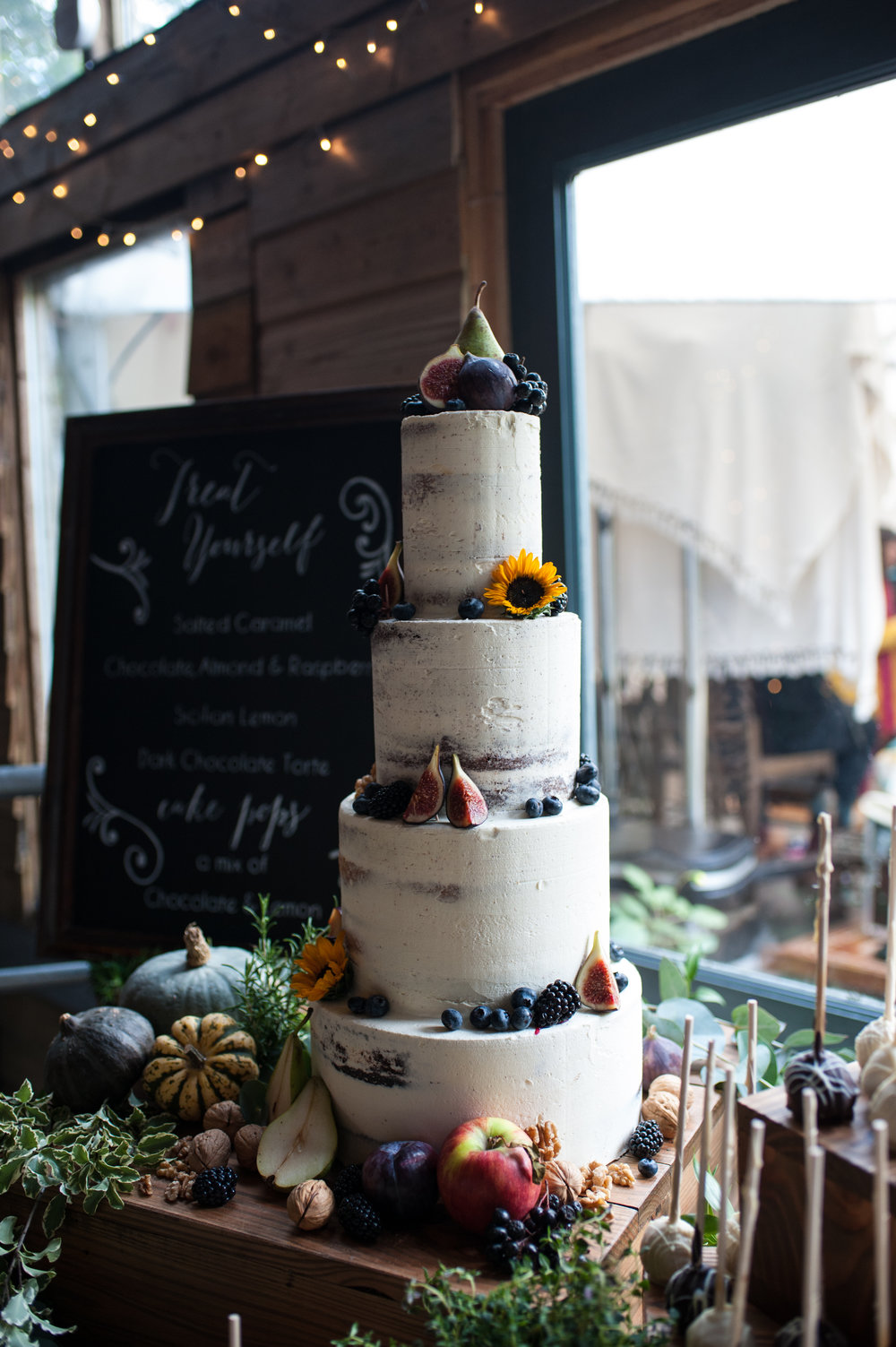 wedding cake goals! edible essence