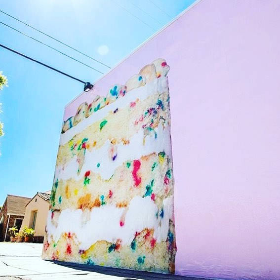 Who is excited for the new @milkbarstore LA?! I have a feeling we'll be seeing this birthday cake flavor popping up in wedding dessert bars across the city! 🍰