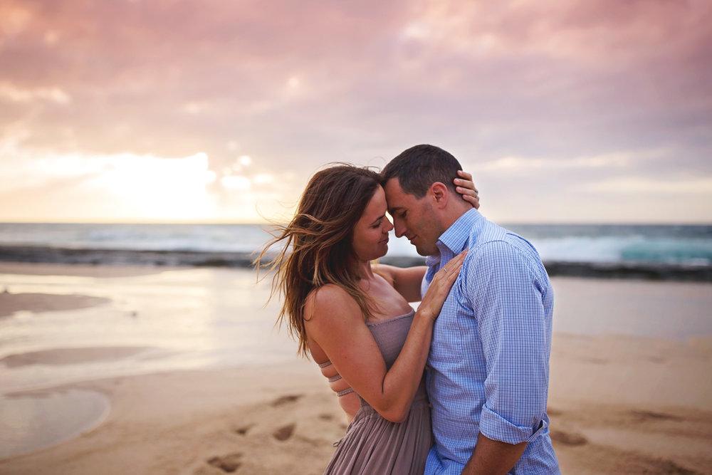 Oahu_couples_Photographers_01.jpg