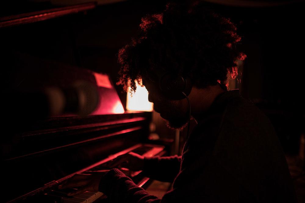 GrandAce-Playing-Piano-JodyJonesII-Carlos-Herriott.jpg
