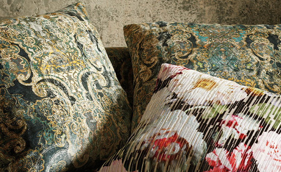 HERBARIA | BLACK EDITION CUSHIONS