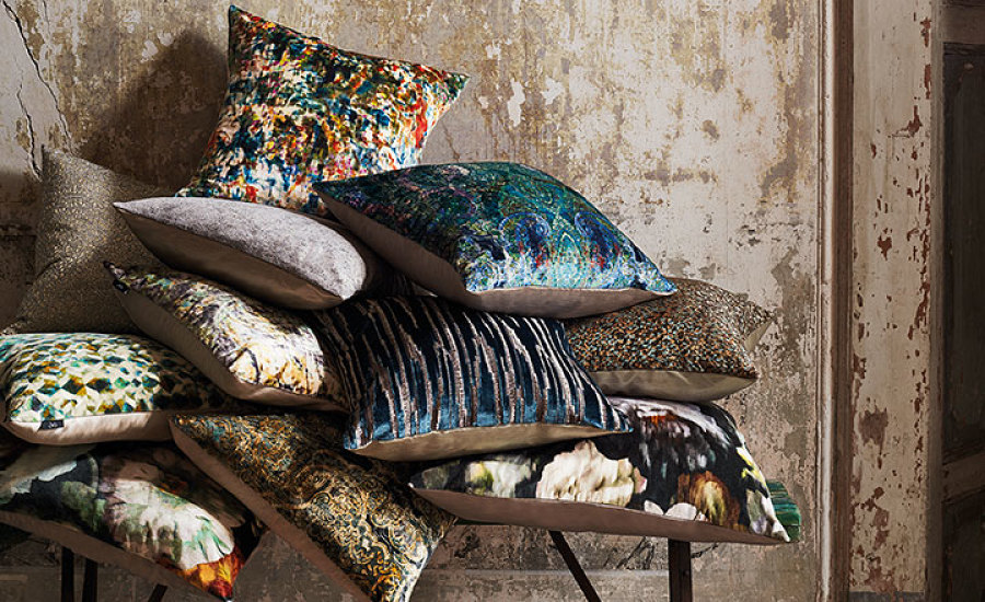 CUSHION COLLECTIONS | BLACK EDITION