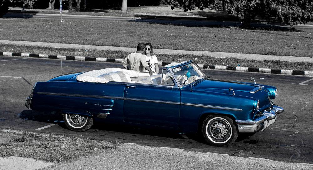 Cuba: Havana Blue Car