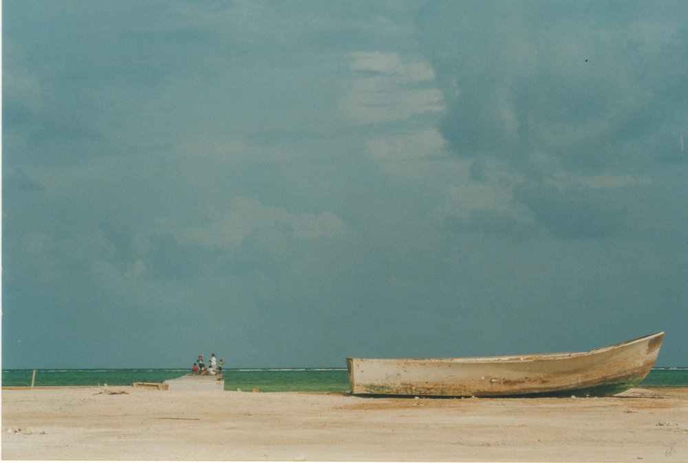 Belize: Beached Boat