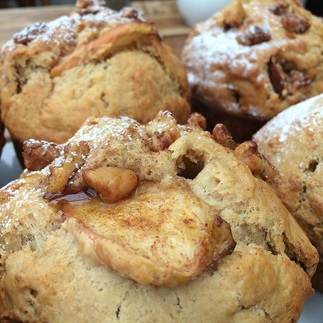 Rainy days are perfect for freshly baked apple and cinnamon muffins! Come on in and warm up after the game ☁️☕️ #rwc2015 #gotheabs #scorchorama #cafe #wellington