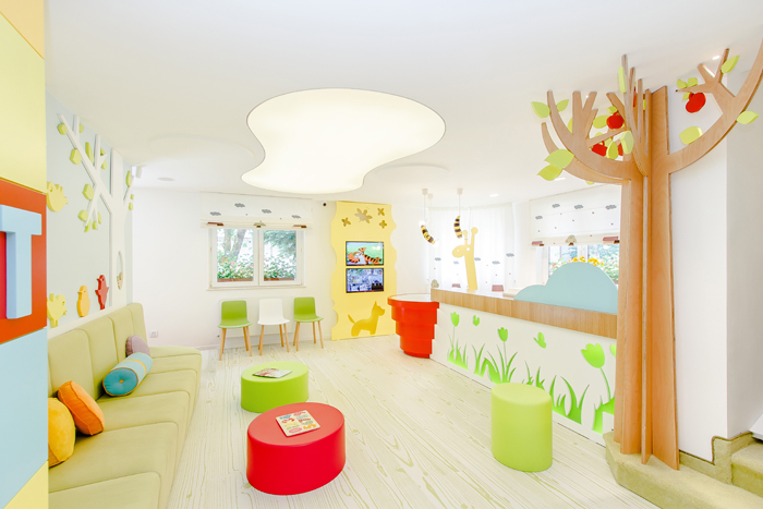Wall stickers used to decorate kids clinic | Source - www.designist.ro