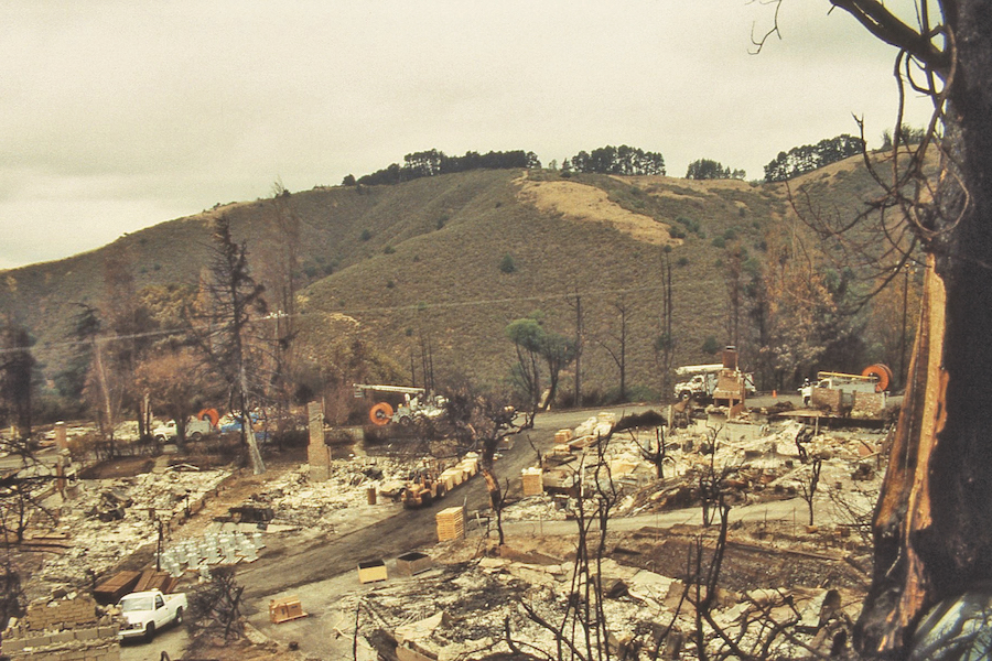 Alvarado Ridge shortly after the 1991 Oakland Hills Fire with the Stonewall-Panoramic Ridge across the canyon in the distance.