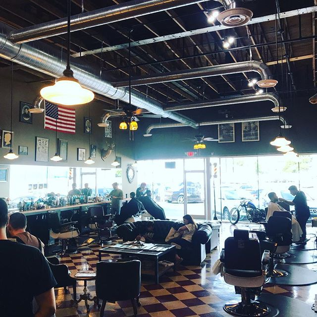 We always put pictures up of being busy, but there will always be the slow days. Today is one of the slowest days since we opened !! #dallasbarber #dallasbarbers #dallasbarbershop #barbershop