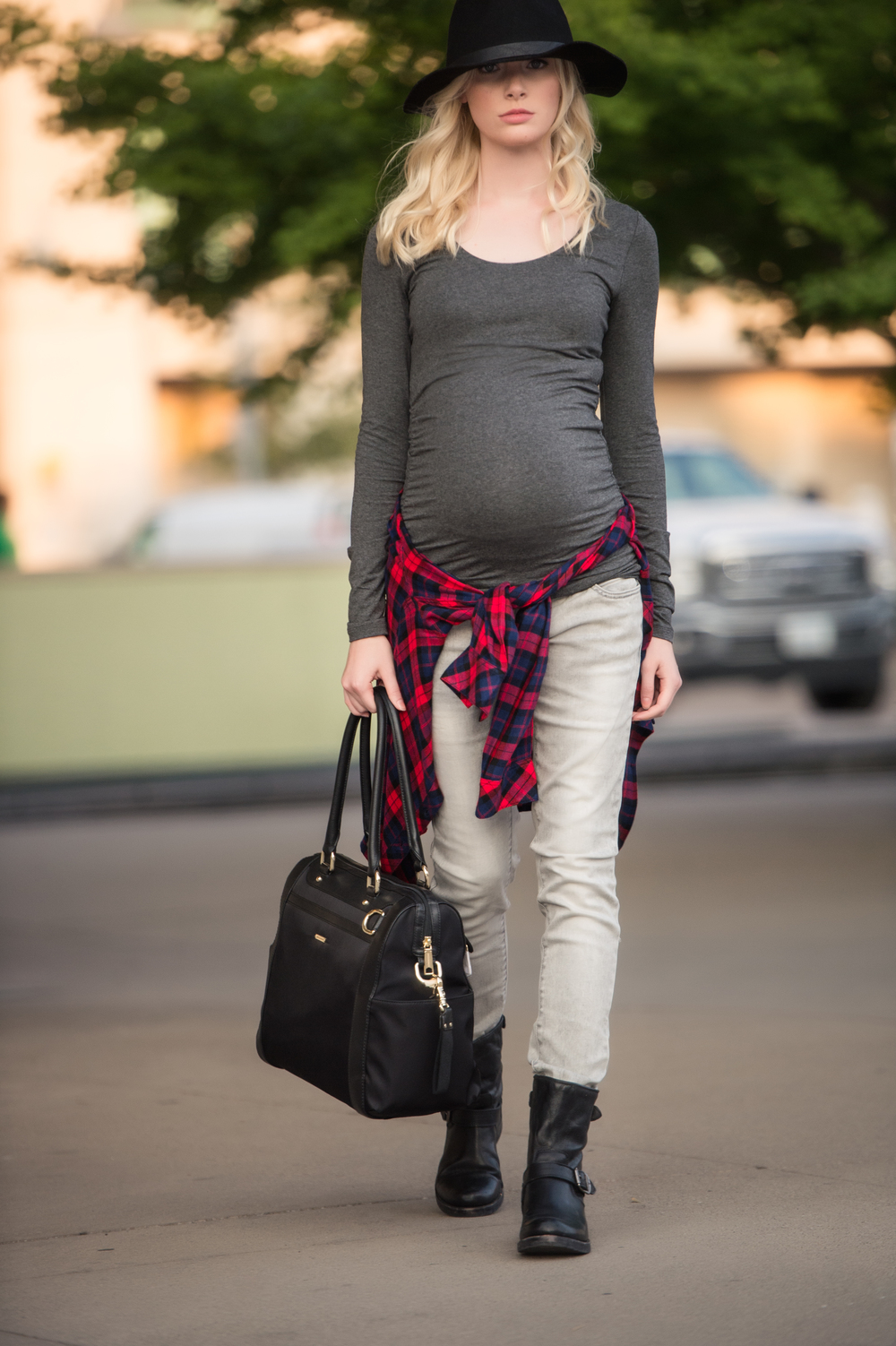 Looking stylish is easy during pregnancy with a great pair of jeans