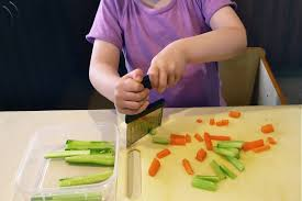 cuttingvegetables.jpg