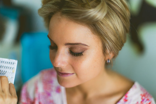 2-getting-ready-bridal-makeup.jpg