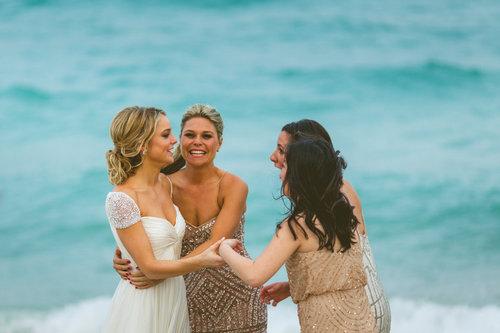 12-bride-bridesmaids-ocean.jpg