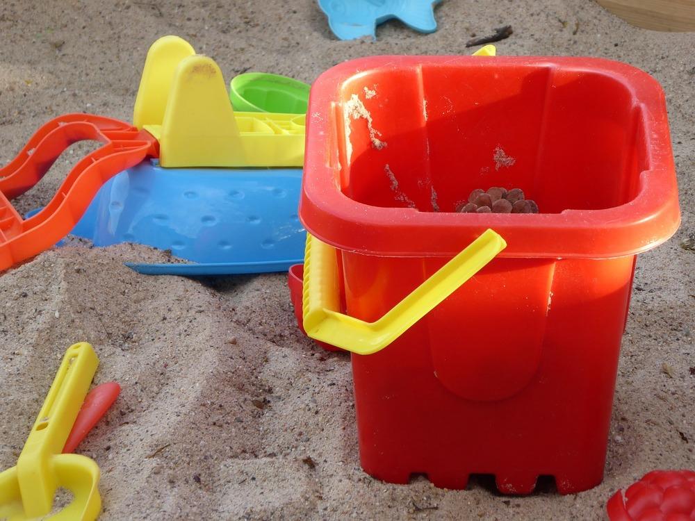 mossman-support-sandpit-play.jpg